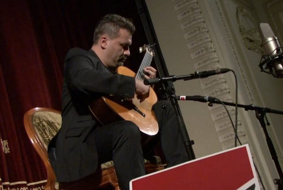 Gabriel Bianco plays in Sinaia Guitar Festival 2016 Part 1.02_02_35_21.Still012